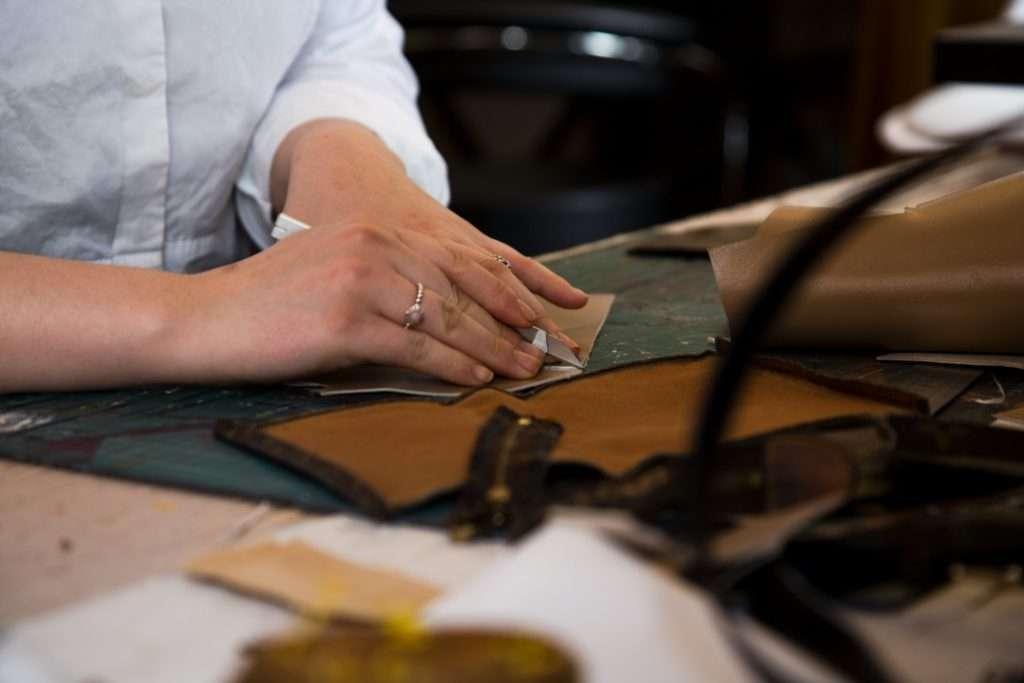 renovation maroquinerie par l'atelier 2311